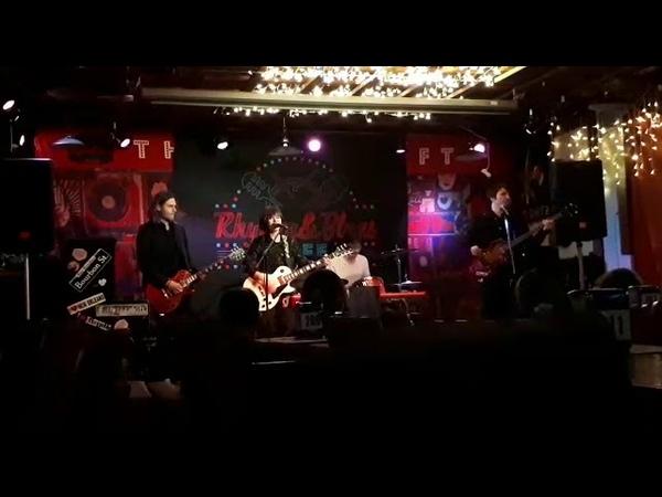 The cLOUDies - Sociopath (live Rhythm Blues Cafe)