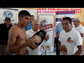 Blancoymejía weigh in nicaragua pants boxing striptease член хуй голый nude cock penis стриптиз public