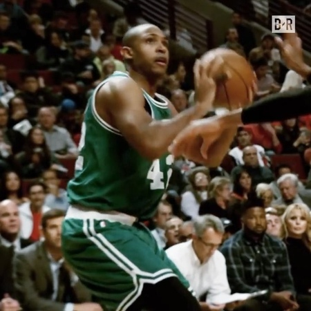 """Bleacher Report on Instagram """"Al Horford and the C's take on the 76ers in a potential ECF preview 👀"""""""