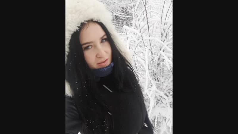 Начинала лепить снежную бабу Это было вчера)😍😇