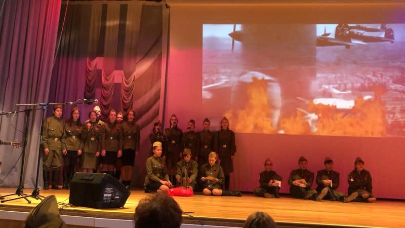 Выступление любимого 8а класса на конкурсе «ЮнАрктика «