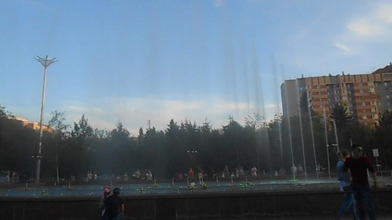 поющие фонтаны Усть-каменогорск 3