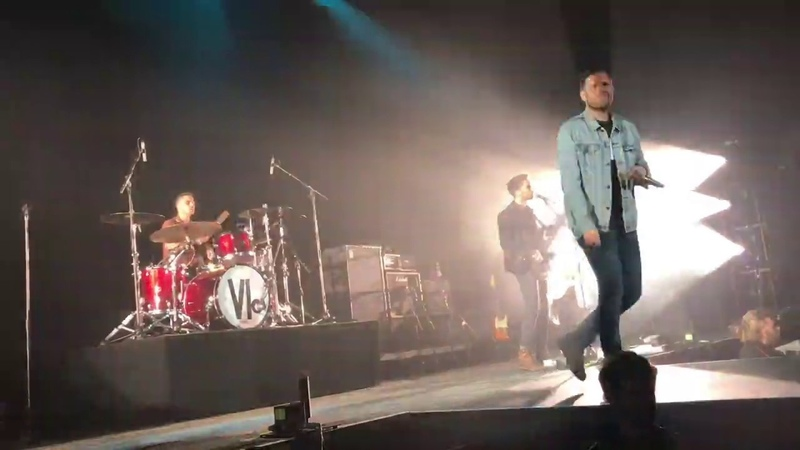 Bite My Tongue feat. Oli Sykes You Me At Six Live in Brisbane 10 04 19
