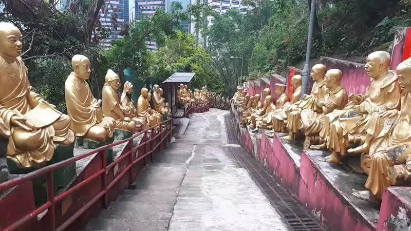 Гонконг. Монастырь 10000 Будд