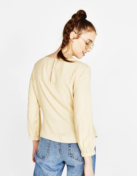 Блуза с узлом впереди