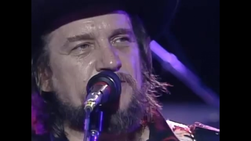 Waylon Jennings - Clyde [Live At Farm Aid] (1985)