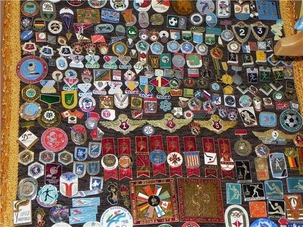 Lot 51-60. Abzeichen und Münzen von der UdSSR CCCP. Im Großen ist billiger.