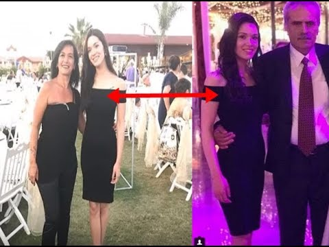Erkanin abibisini dugununde Hazalin elbise detayini fark etdiniz mi Keske daha ozel giyseydi...