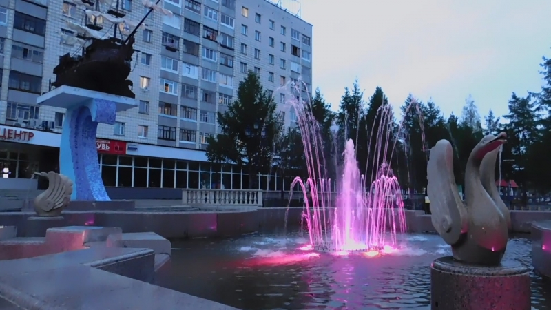 Вечерний Сыктывкар.Фонтан. 8486