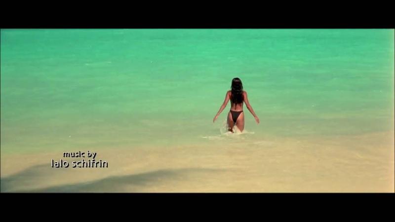Salma Hayek Sexy scene HD 1080p After the sunset