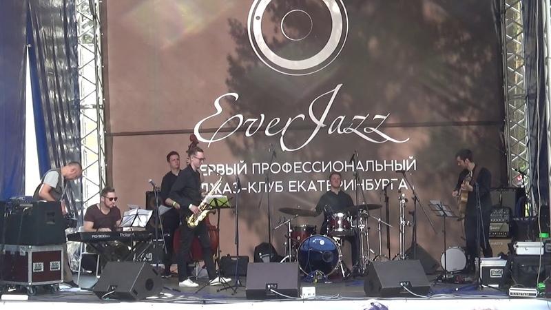 002 Квинтет Вячеслава Евлютина (авторский современный джаз)