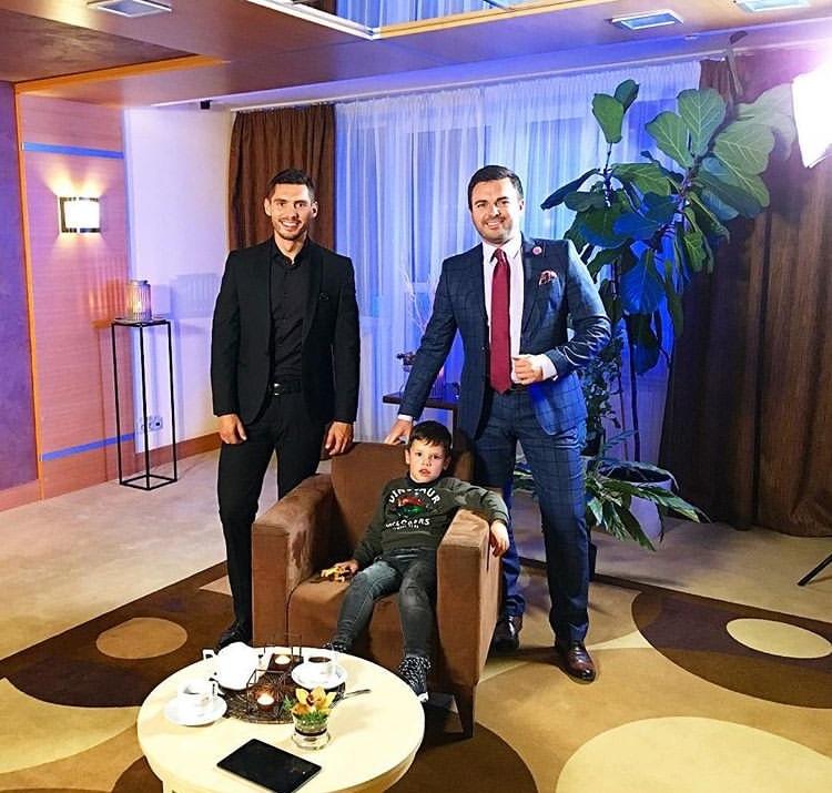 Bachelor Ukraine - Season 9 - Nikita Dobrynin - *Sleuthing Spoilers* - Page 4 MNsnbPkQ_i4