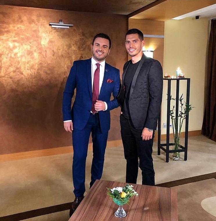 Bachelor Ukraine - Season 9 - Nikita Dobrynin - *Sleuthing Spoilers* - Page 4 AjroNkM1sRg