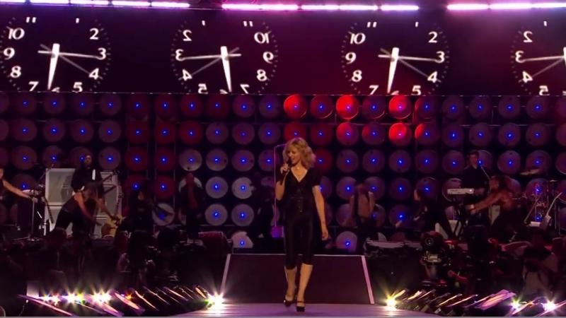 Madonna Hung Up Live