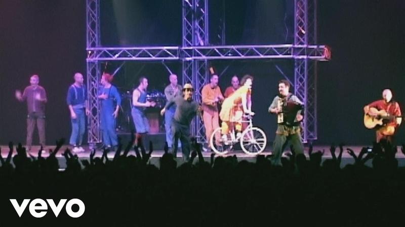 Un homme qui aime les femmes (Reggae à coups d'cirque au Zénith de Lille Paris 2001)