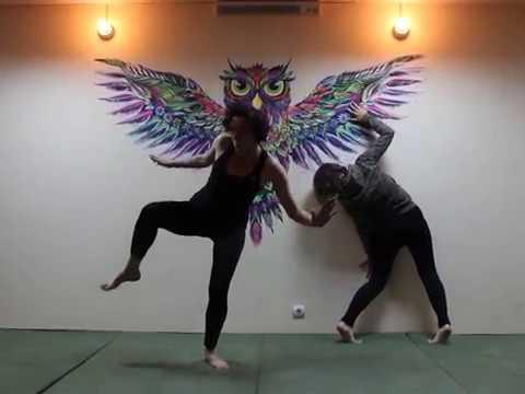 Лиля и Аля, Танец буто под Eternal.