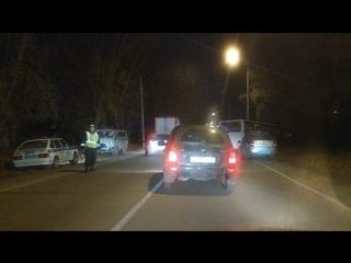 Столкновение автобуса и легковушки в Каменске-Уральском