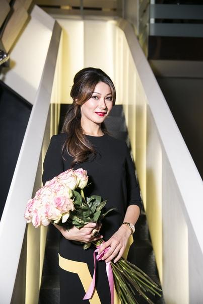 leading Марина Ким.