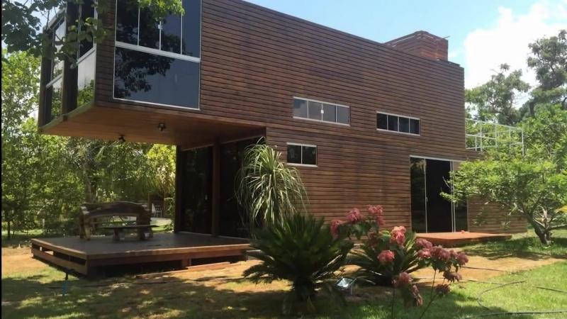 Четыре 40-ка футовых контейнера или шикарный современный дом