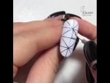 Интересно, у мастера хватит терпения на все 10 ногтей?)