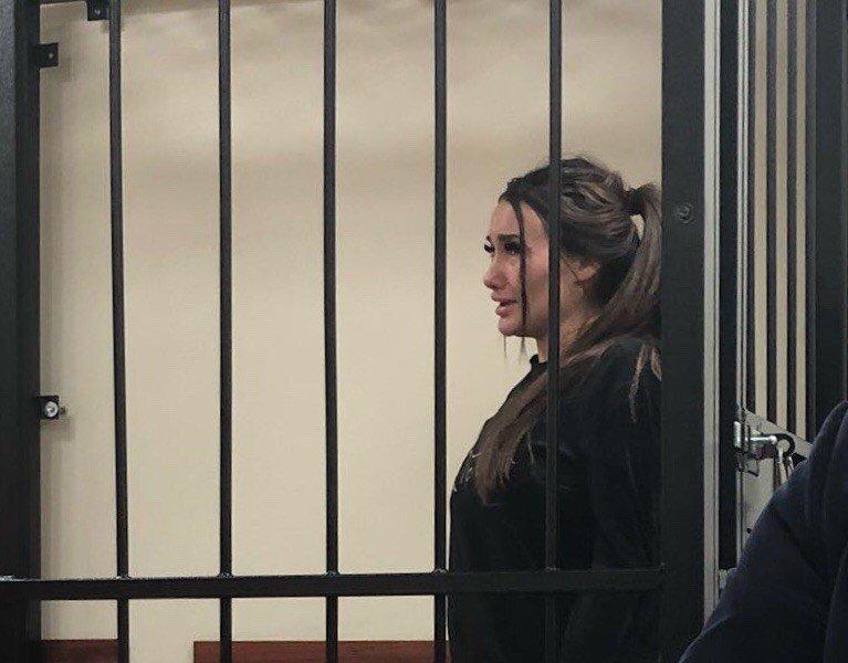 ТП Кира Майер получила полтора года колонии за драку с инспектором ДПС