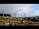 перевозят опоры с подстанции на линию вертолётом город Мурманск