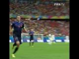 ЧМ-2014. Первый гол Робина ван Перси в ворота Испании
