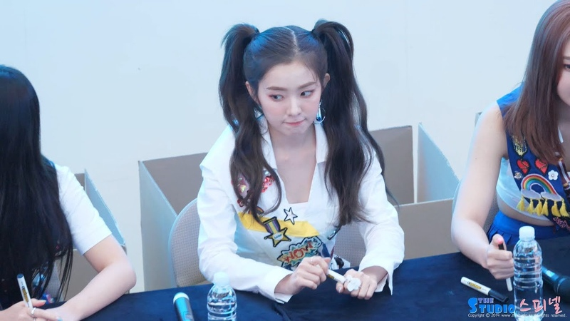180818 레드벨벳 Red Velvet 아이린 IRENE SMMER MAGIC 팬사인회 오프닝 4K 직캠 @ 고양 스타필드 by Spinel