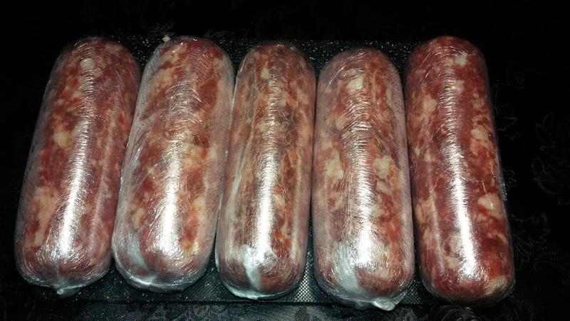 Домашняя колбаса. Свино-говяжья.