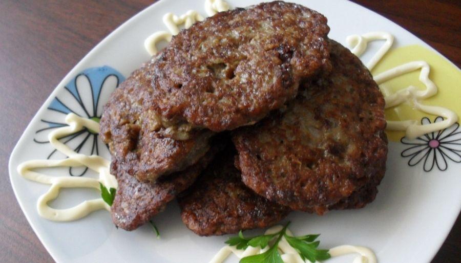 Котлеты из печени с манкой: лучшие рецепты котлет из куриной, говяжьей, свиной печени