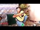 Таджикский пацан поёт песню под гитару 2018