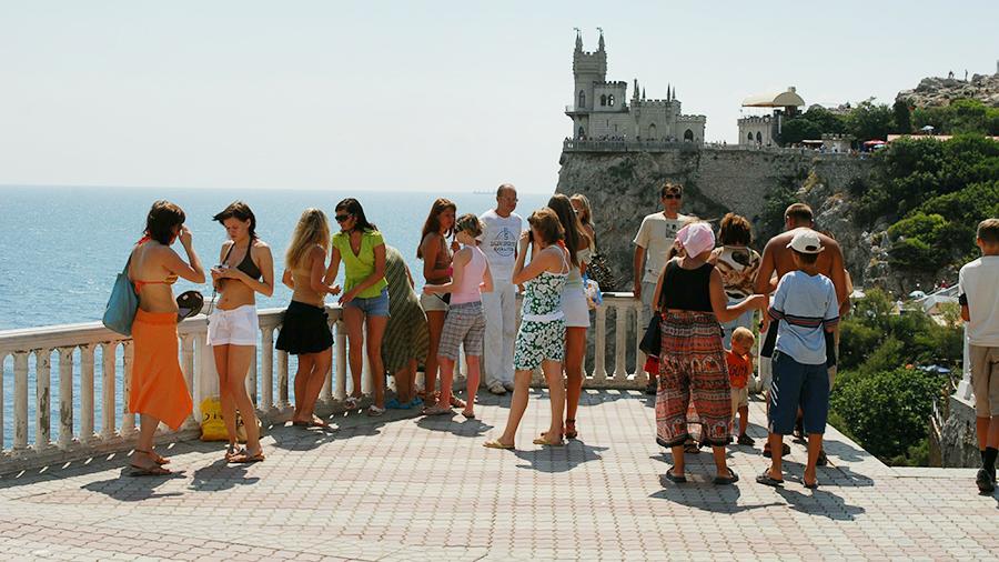 Стало известно количество туристов посетивших Крым в 2018 году