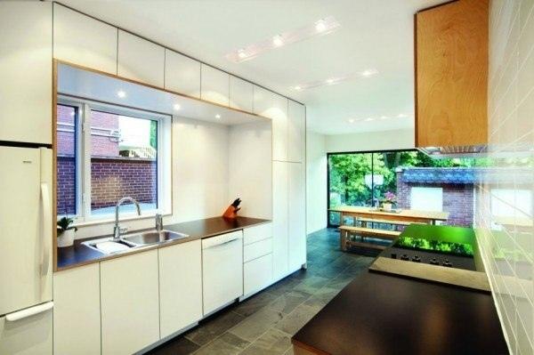 Berri Residence – современная реконструкция и расширение старинного дома в Монреале (Канада), осуществленная по проекту специалистов из канадской архитектурной студии naturehumaine.