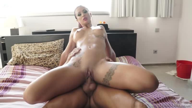 Nicoles xxx house, pics of nude girls in african jungles