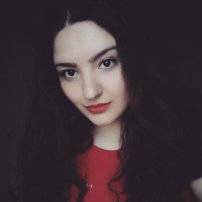 Карина Зотович