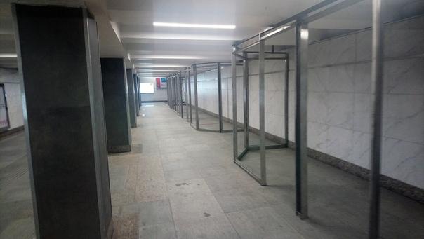 Фрагмент стройки торговых сооружений  19 июня 2018