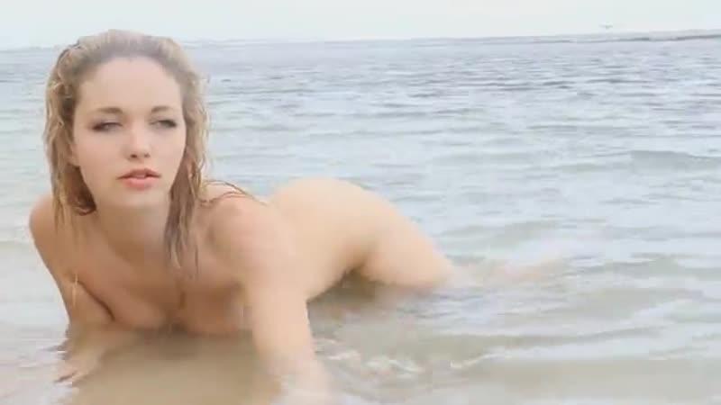 Alissa White сексуальная длинноногая модель на море секс фотоссессия голая не порно сиськи жопа киска хочет горячая попка попа