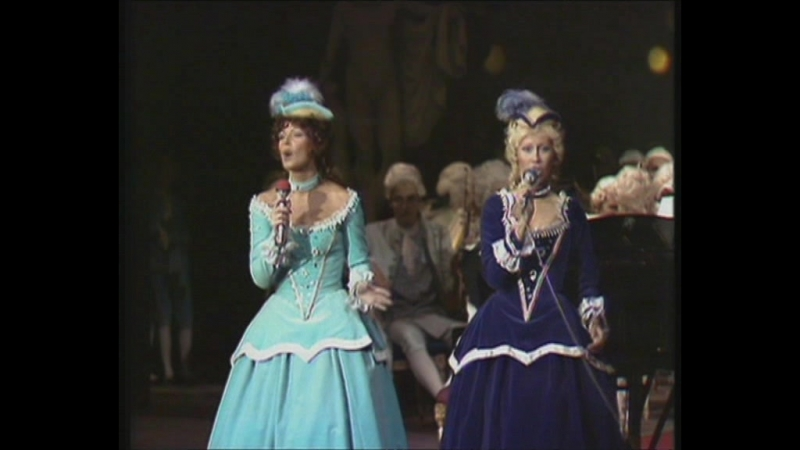 ABBA - Dancing Queen(Royal Swedish Opera 1976)