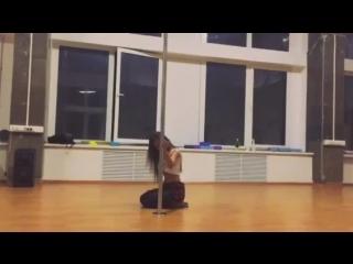 Sasha Osen / Exotic Emotion Pole / Emotion Dance