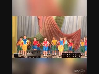 Концерт в ДК в честь дня Мамы )