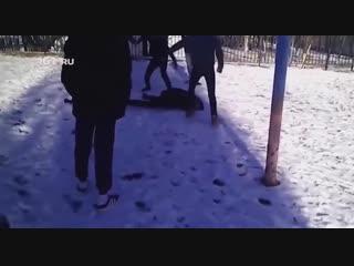 Переехавшего из Воронежа в Ростовскую область подростка жестоко избили в новой школе