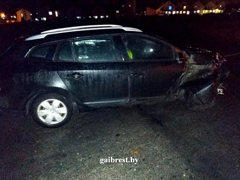 """В Бресте пострадавшая женщина-пешеход """"сбежала"""" из автомобиля скорой помощи"""