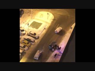 Пьяный мужик протаранил 20 машин на Дергаевской
