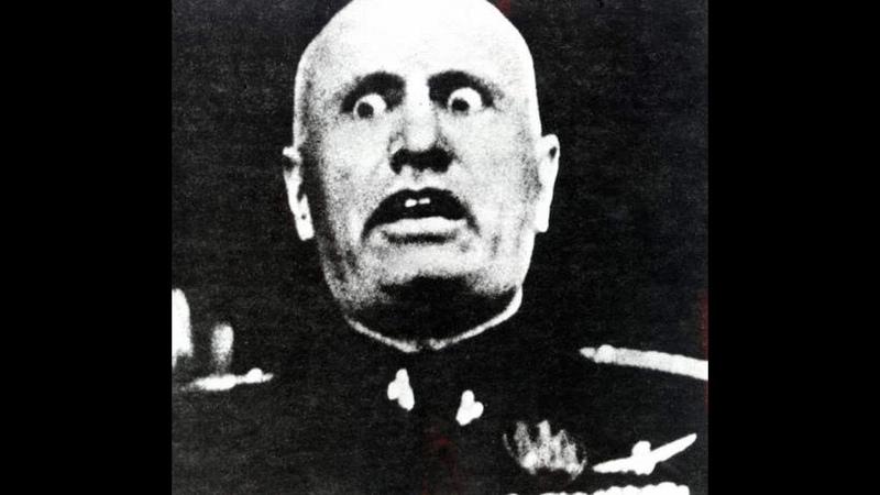 Mussolini invades greece