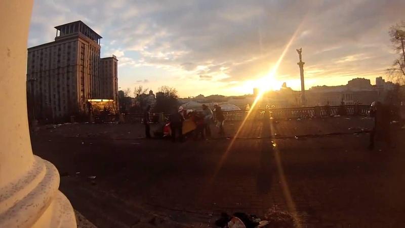 Снайпер стреляет из гостиницы Украина События Украина Киев Майдан Евромайдан 21 02 2014