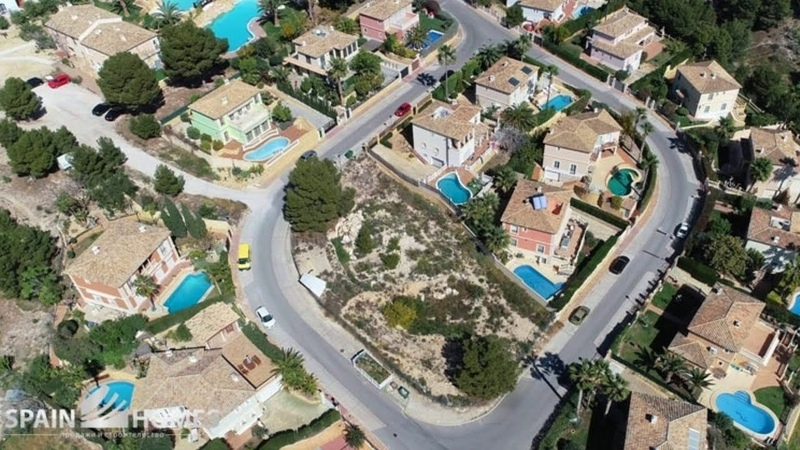 Земельный участок в районе Golf Bahia, Бенидорм, под застройку частного дома в Испании