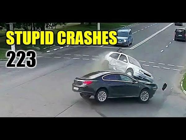 Stupid driving mistakes 223 (June 2018 English subtitles)