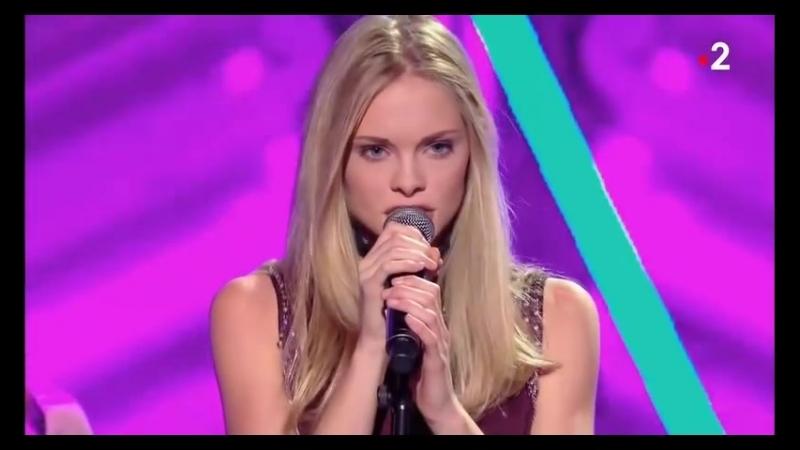Julia - S.E.X.T.O (Live on Freak Show, France 2, 13.10.2018)