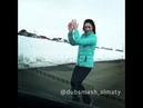 Армяночка классно танцует лизгинку