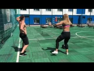 Жаркие тренировки на крыше Gold's Fitness